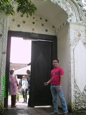 pintu Buk Bacem