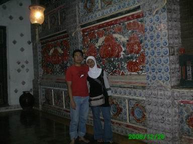 dinding antara Bangsal Prabayaksa dan Bangsal Panembahan